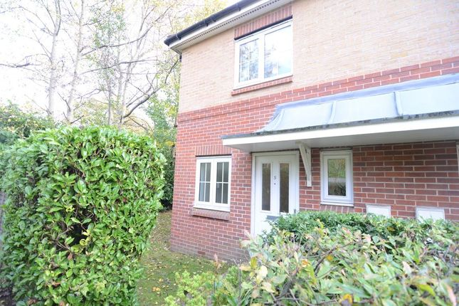 Thumbnail Property to rent in St. Dominic Close, Farnborough