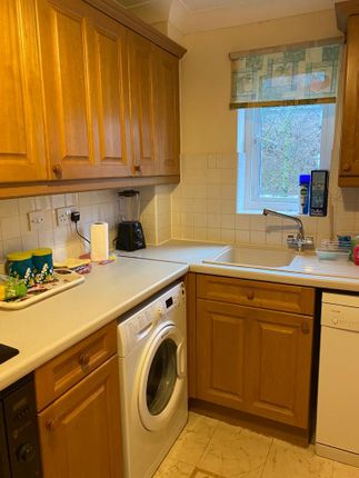 Thumbnail Flat to rent in Bodiam Court, Maidstone