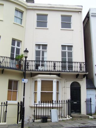 Thumbnail Maisonette to rent in Chichester Place, Brighton