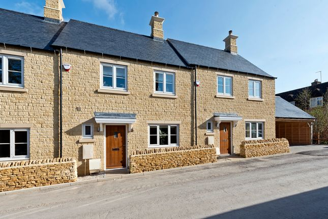 Thumbnail Terraced house for sale in Union Street, Stow On The Wold