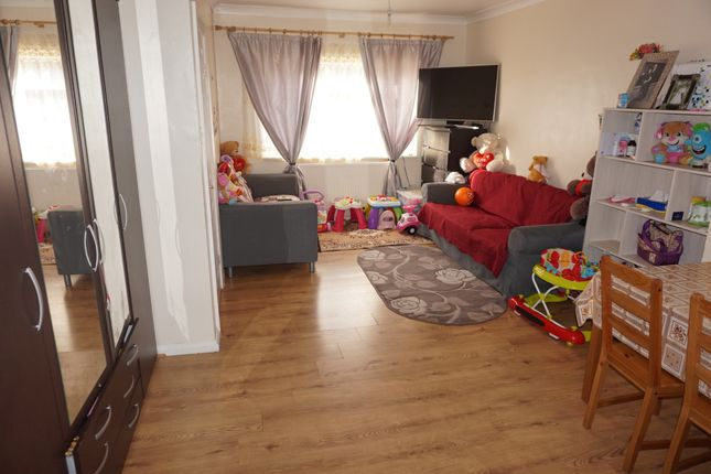 Thumbnail Terraced house to rent in Mill Road, Canning Town, London
