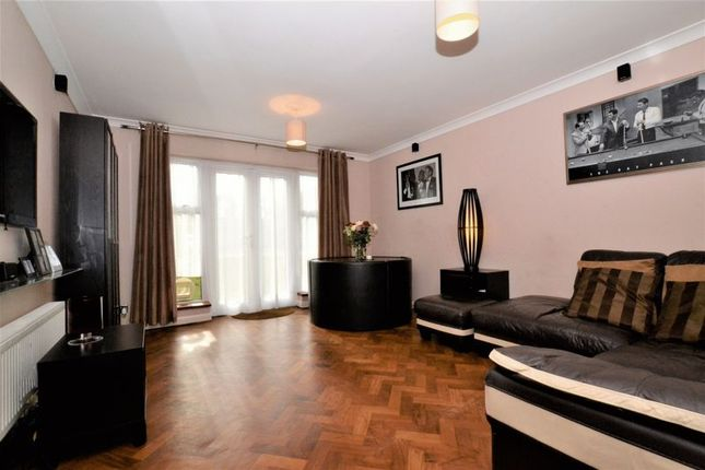 Thumbnail Flat for sale in Bromley Road, Shortlands, Bromley