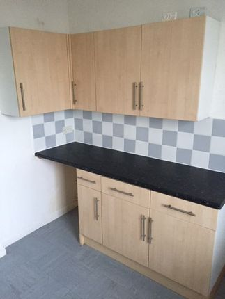 Room to rent in Belper Road, Derby