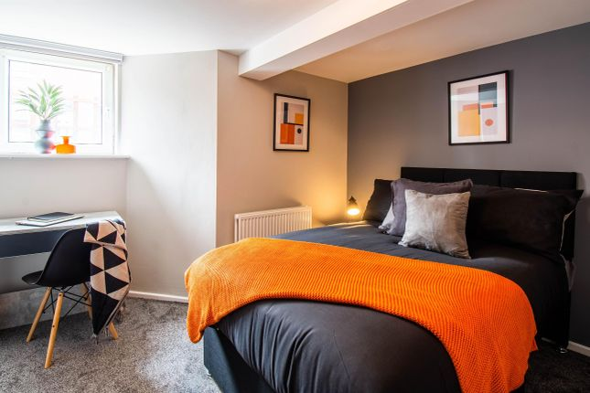 Room to rent in Burkill Street, Wakefield WF1
