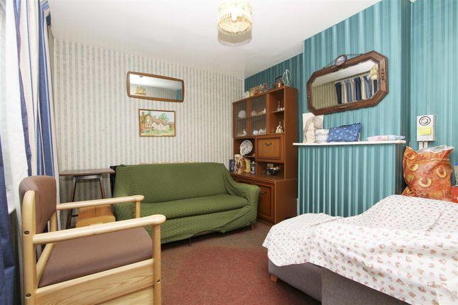 Lounge of Wilsmere Drive, Northolt UB5