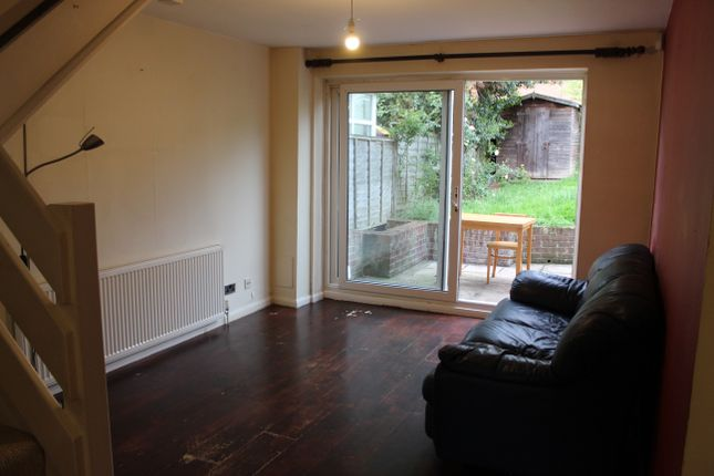Thumbnail Semi-detached house to rent in Poplar Grove, London