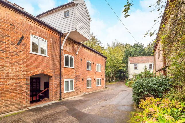 Thumbnail Flat for sale in Mill Row, Aylsham, Norwich