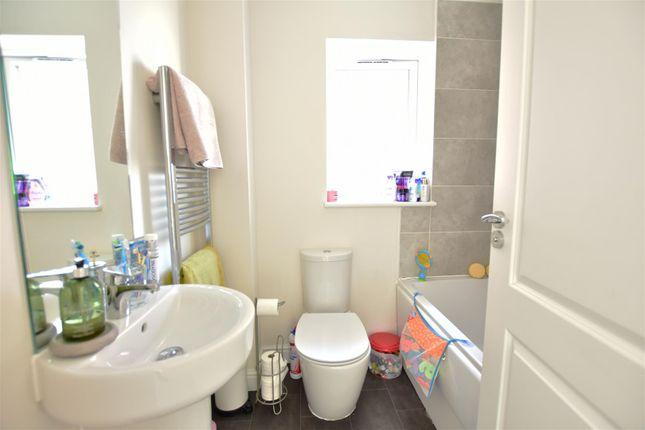 Bathroom of Hildefirth Close, Ebbsfleet Valley, Swanscombe DA10