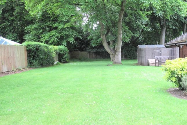 2 bed flat for sale in Cotterill Close, Brooklands M23