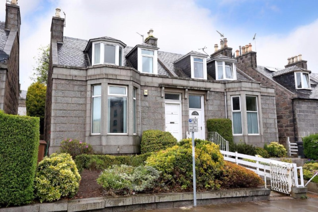 Thumbnail Semi-detached house to rent in Roslin Terrace, City Centre, Aberdeen, 5Lj