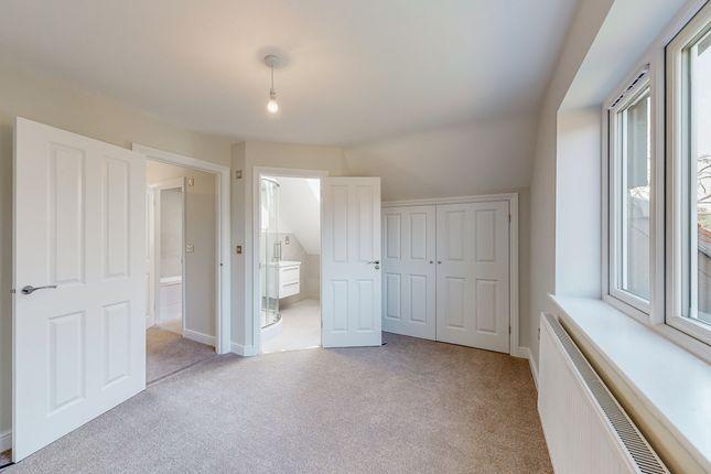 Master Bedroom of West End Cottages, Ripley GU23
