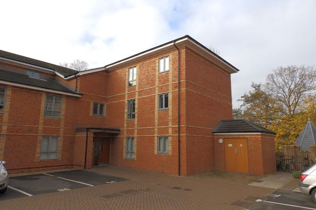 Thumbnail Flat to rent in Longley House, College Mews, York