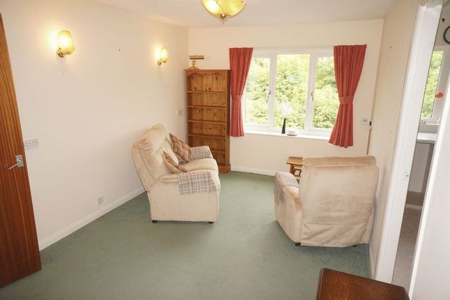 Thumbnail Flat to rent in St. Marys Close, Alton