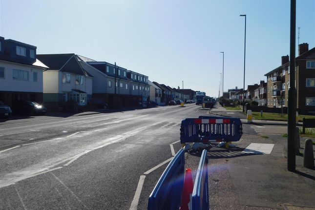 Dscn0364 of Brighton Road, Lancing BN15