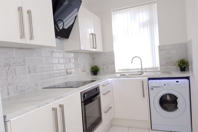 Thumbnail Flat to rent in Edge Grove, Liverpool