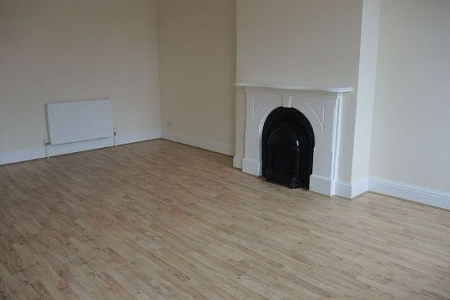 Thumbnail Flat to rent in Walton Road, Walton, Liverpool
