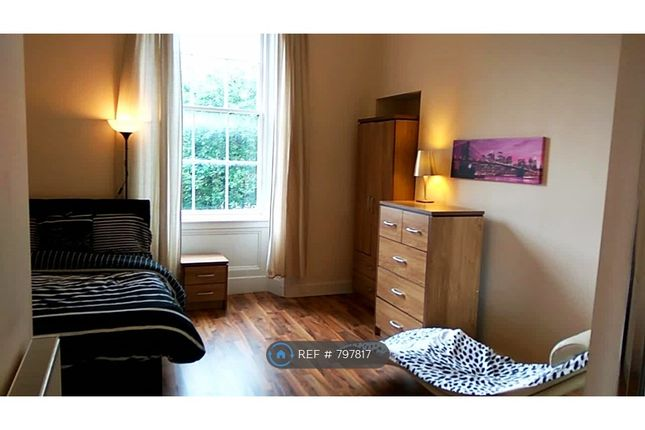 Thumbnail Flat to rent in Granville St, Glasgow