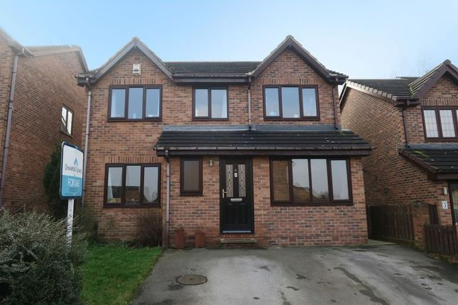 Thumbnail Detached house for sale in The Oaks, Churwell, Morley, Leeds