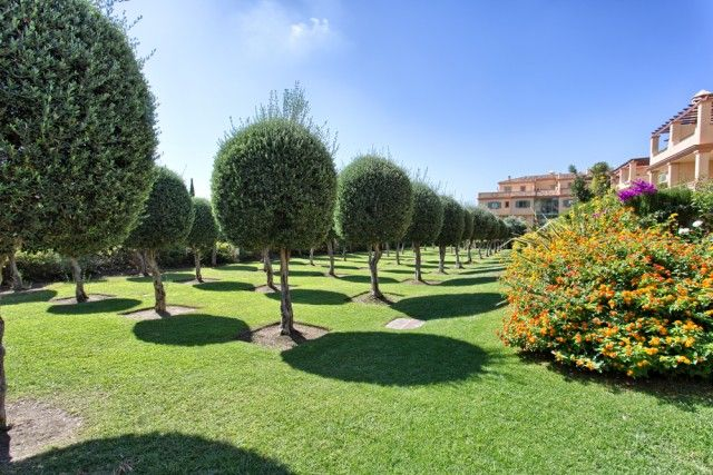 4 Gardens of Spain, Málaga, Benahavís