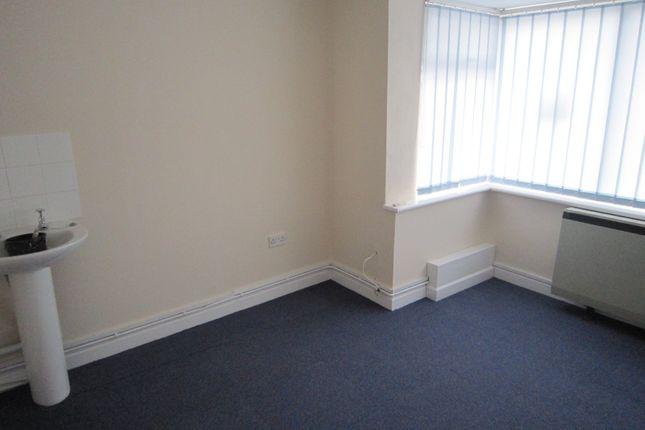 Thumbnail Room to rent in Milford Street, Salisbury, Wiltshire