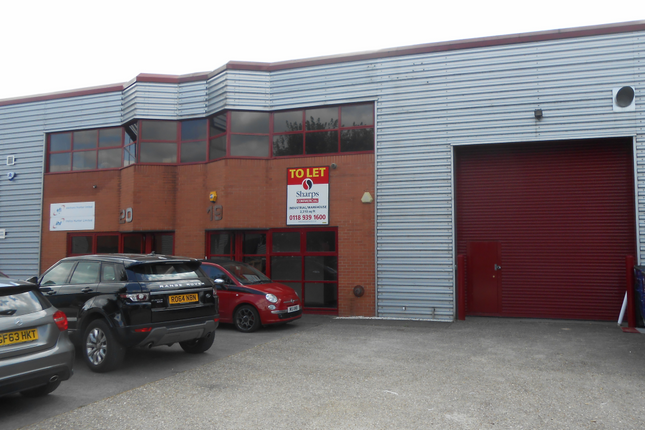 Thumbnail Warehouse to let in The Markham Centre, Theale