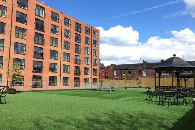 Photo 6 of Studio - Tatton House, 55Hathersage Road, Manchester M13