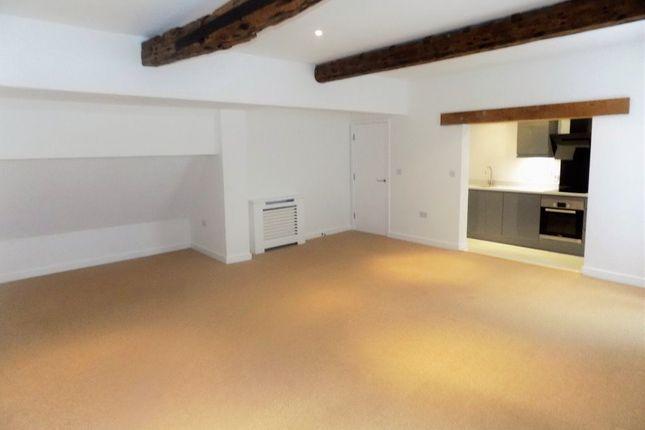 Thumbnail Flat to rent in Walmgate, York