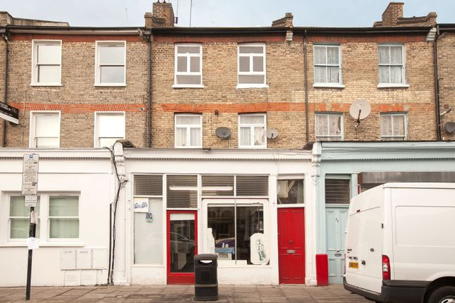 4 bed terraced house for sale in Gillespie Road, London