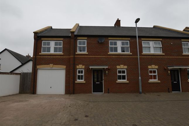 Thumbnail Property to rent in Millstream, Exeter