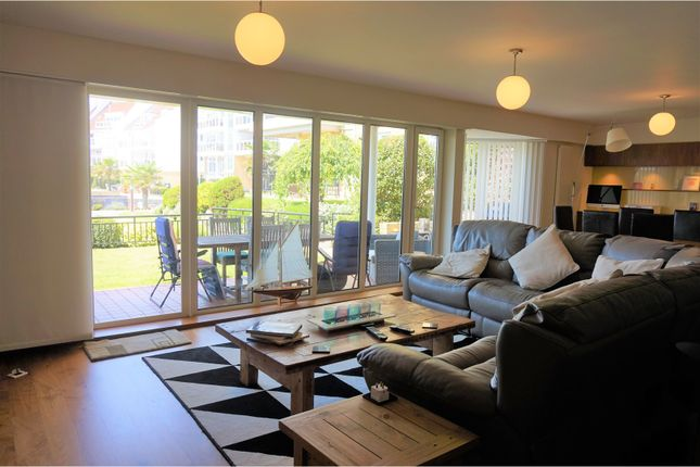 Thumbnail Flat to rent in Lake Avenue, Poole