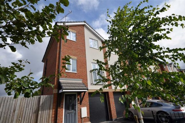 Thumbnail Town house to rent in Robert Hall Street, Salford, Salford