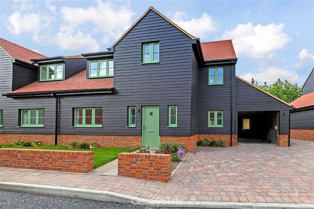 Thumbnail Semi-detached house to rent in New Ground Road, Tring, Hertfordshire