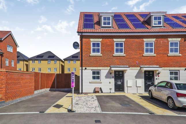 Thumbnail End terrace house for sale in Newham Way, Erith