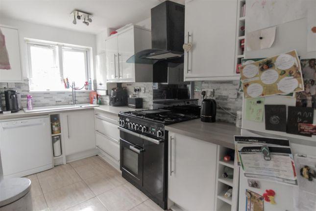 Kitchen of Middlemore Road, Northfield, Birmingham B31