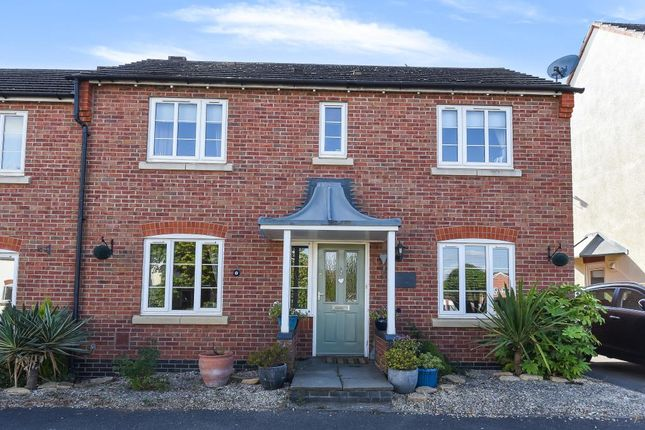 Thumbnail Semi-detached house for sale in Shipston On Stour, Warwickshire