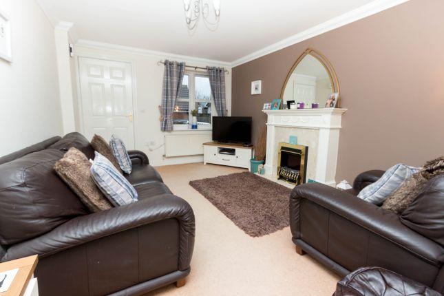 Lounge of Aldsworth Close, Wellingborough NN8