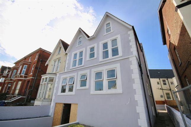 Thumbnail Flat to rent in Granada Road, Southsea