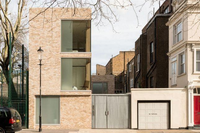 Thumbnail Detached house for sale in Cheyne Walk, London