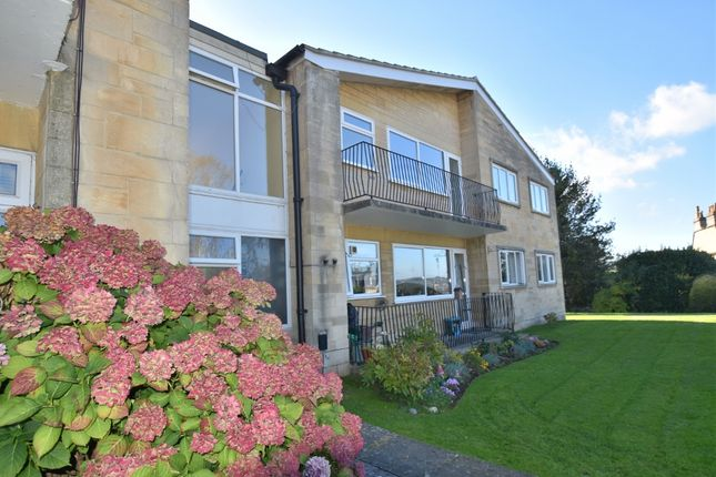 Thumbnail Flat to rent in Cleveland Court, Bath