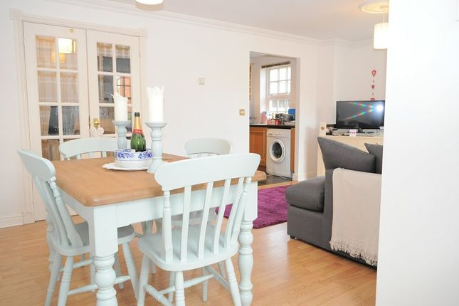 1 bed flat to rent in Hardisty Cloisters, York