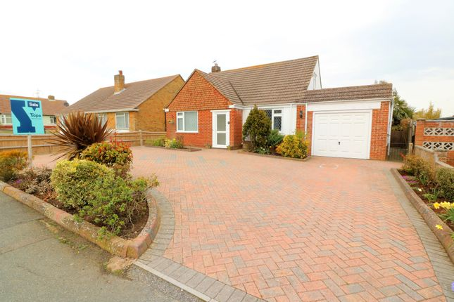 Thumbnail Bungalow for sale in Oakleaf Drive, Polegate