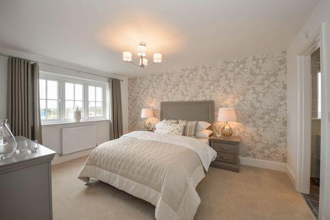 5 bedroom detached house for sale in Village Road, Northop Hall, Flintshire
