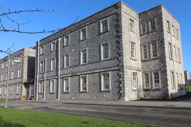 Thumbnail Flat for sale in Craigie Drive, Stonehouse, Plymouth