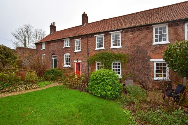 3 bed cottage for sale in Hall Park Road, Hunmanby, Filey YO14