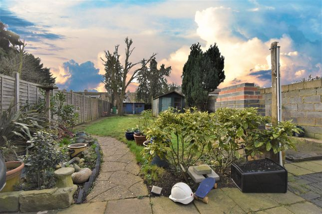 Thumbnail Terraced house to rent in Belgrave Road, Slough