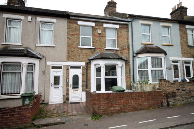Thumbnail Detached house for sale in Gordon Road, Belvedere