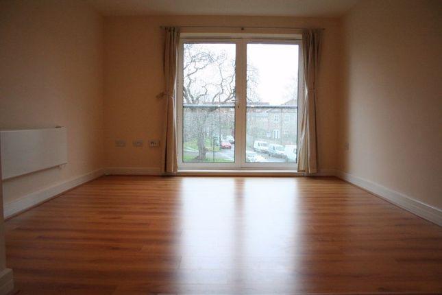Thumbnail Flat to rent in Cherrywood Lodge, Birdwood Avenue, London