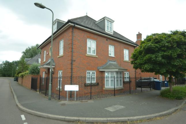 Thumbnail Detached house to rent in Kingsbridge Drive, London