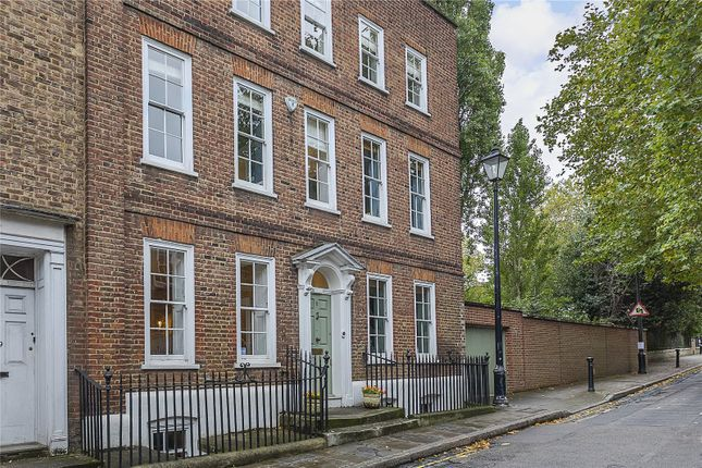 Thumbnail End terrace house for sale in Crooms Hill, London