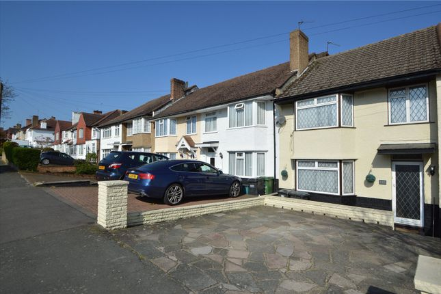3 bed semi-detached house to rent in Sundale Avenue, Selsdon, South Croydon